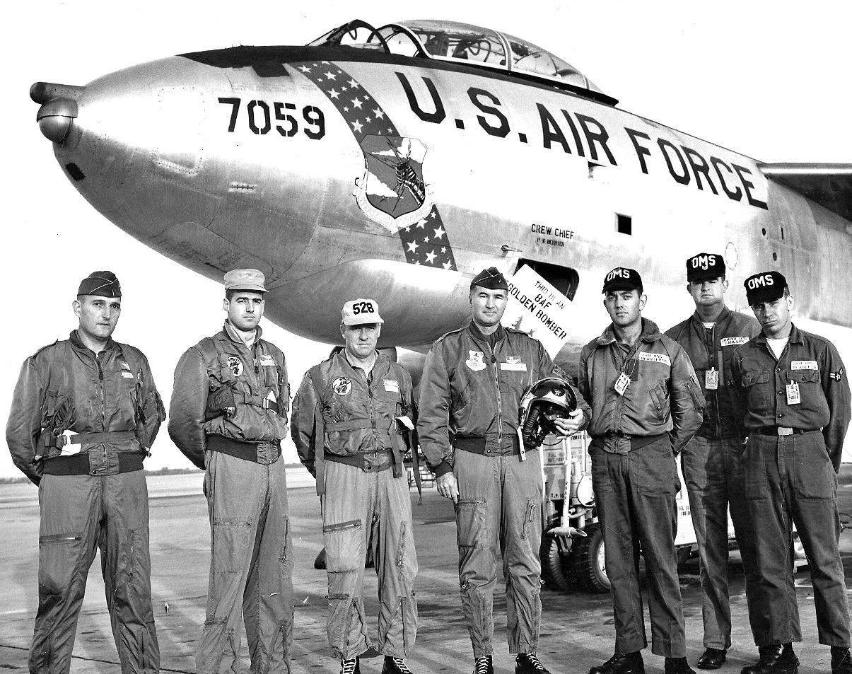 380th BW B-47E (1280x1013)