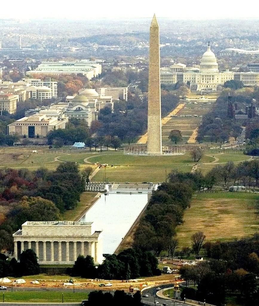WashingtonDCMallAerialNavyPhoto_crop